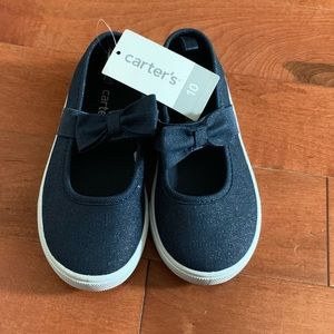 Blue canvas girl's shoe